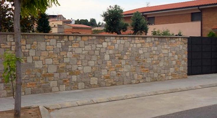 Joan sisquella muros en piedra natural for Piedra natural para exterior