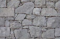 piedra irregular en seco