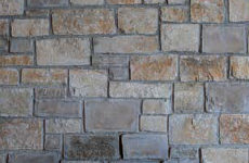 piedra regular con junta